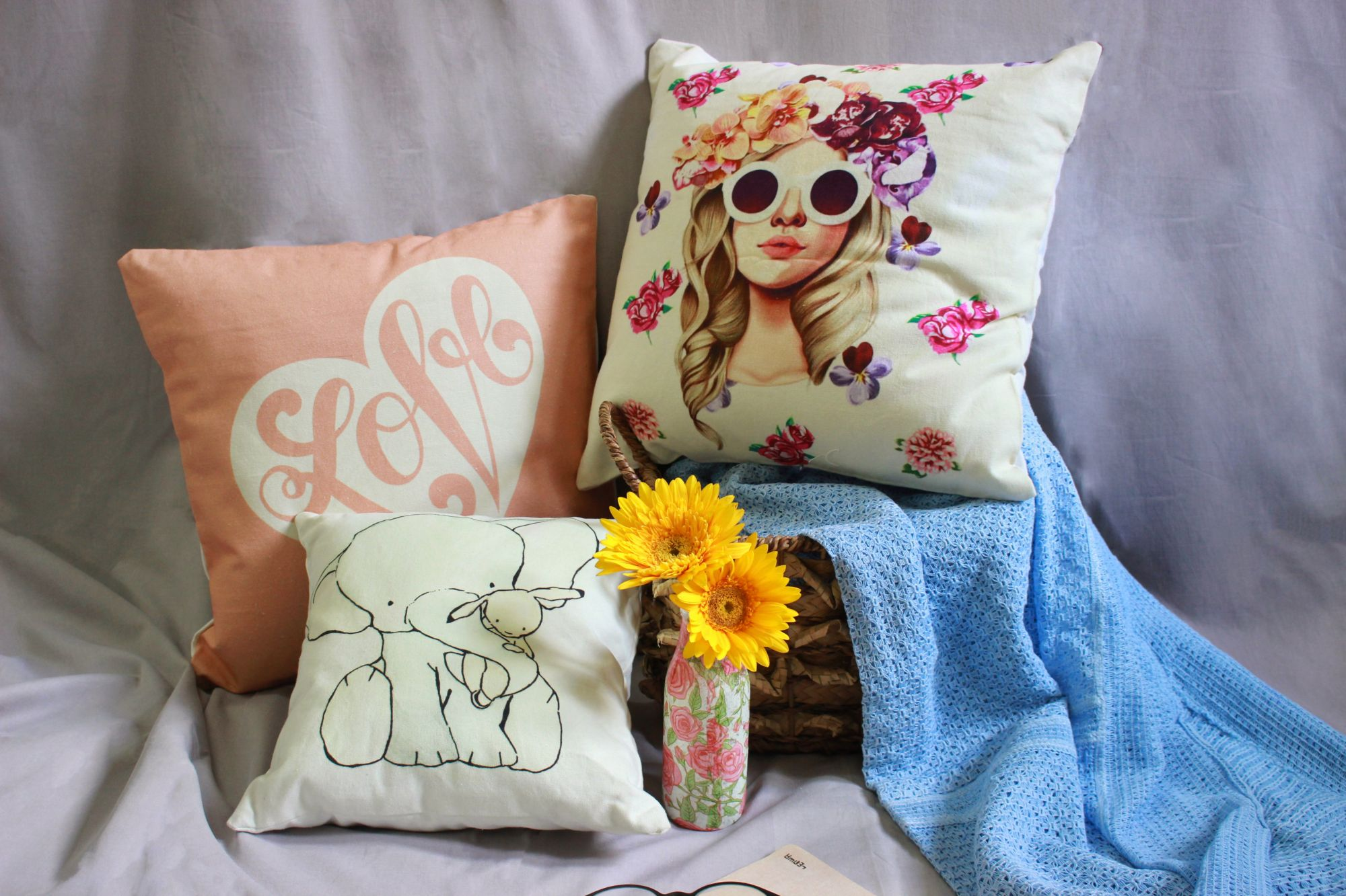 "Summer Lovin'  16"" Cushions Covers ( Set of 3 )"