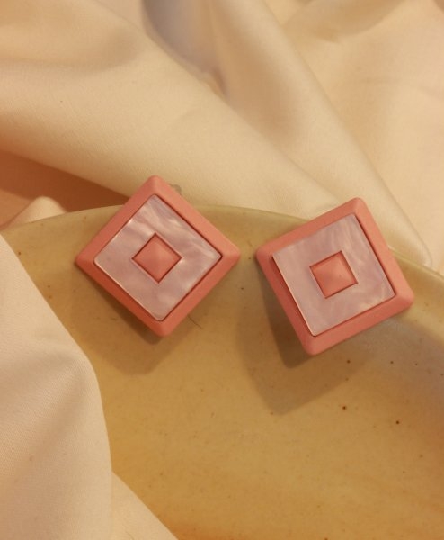 Notorious Pink Stud EarRings